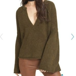 free people Lovely Lines Bell Sleeve Sweater Sze L